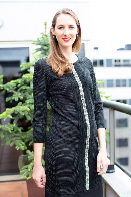 Strickkleid mit Nieten CO-1004