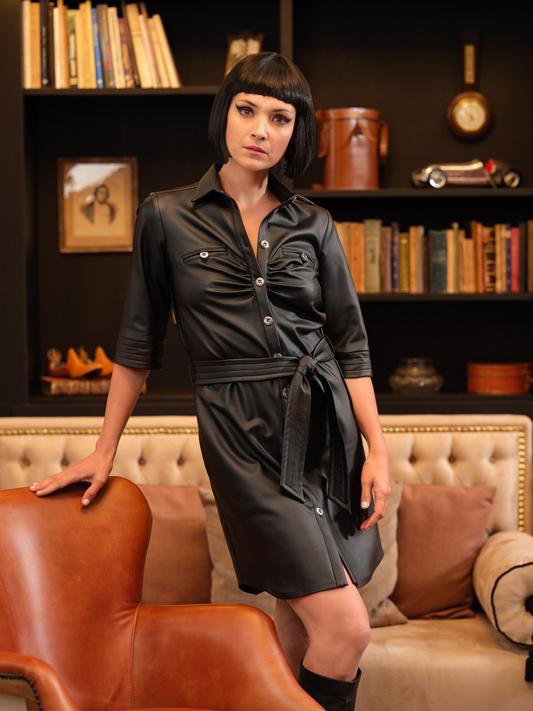 Vestido con Botones Moderno en color Negro 1